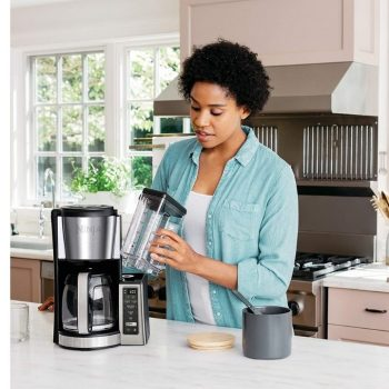 HOW TO CLEAN A CLOGGED COFFEE MAKER